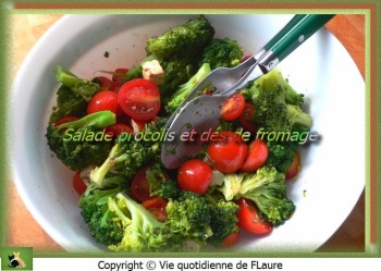Salade brocolis et dés de fromage Flaure