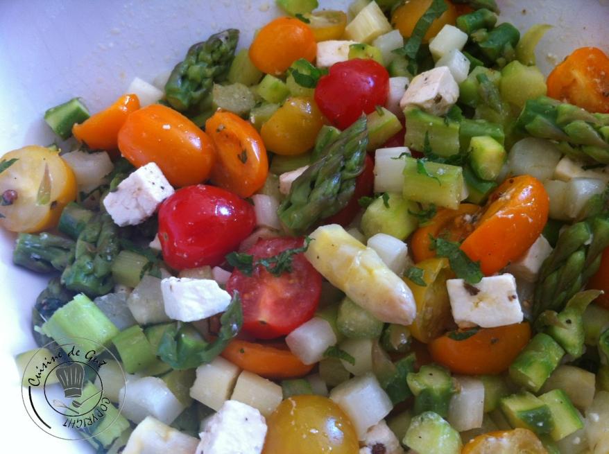 salade d'asperges à la feta plat