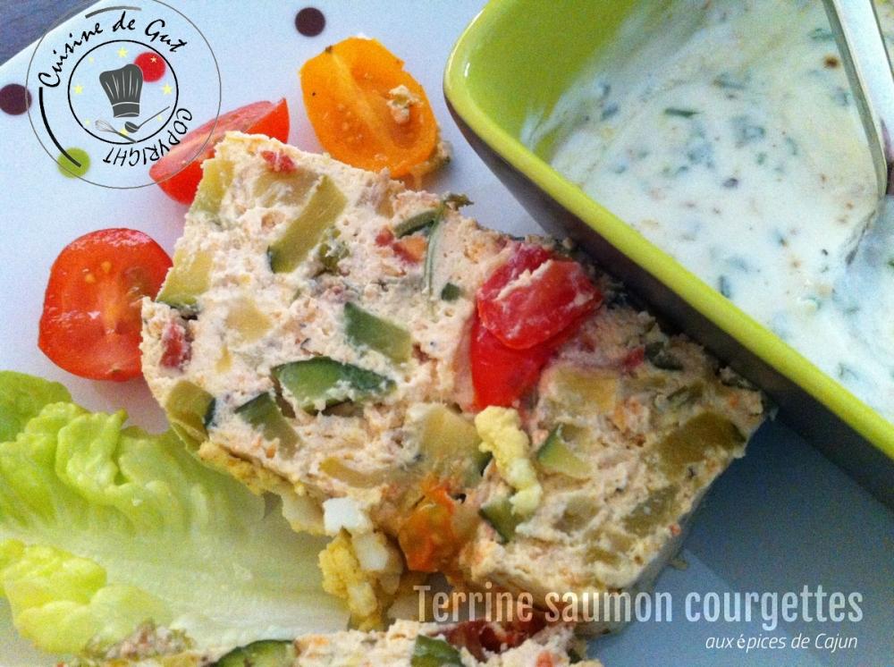 Terrine saumon courgette cajun tranches