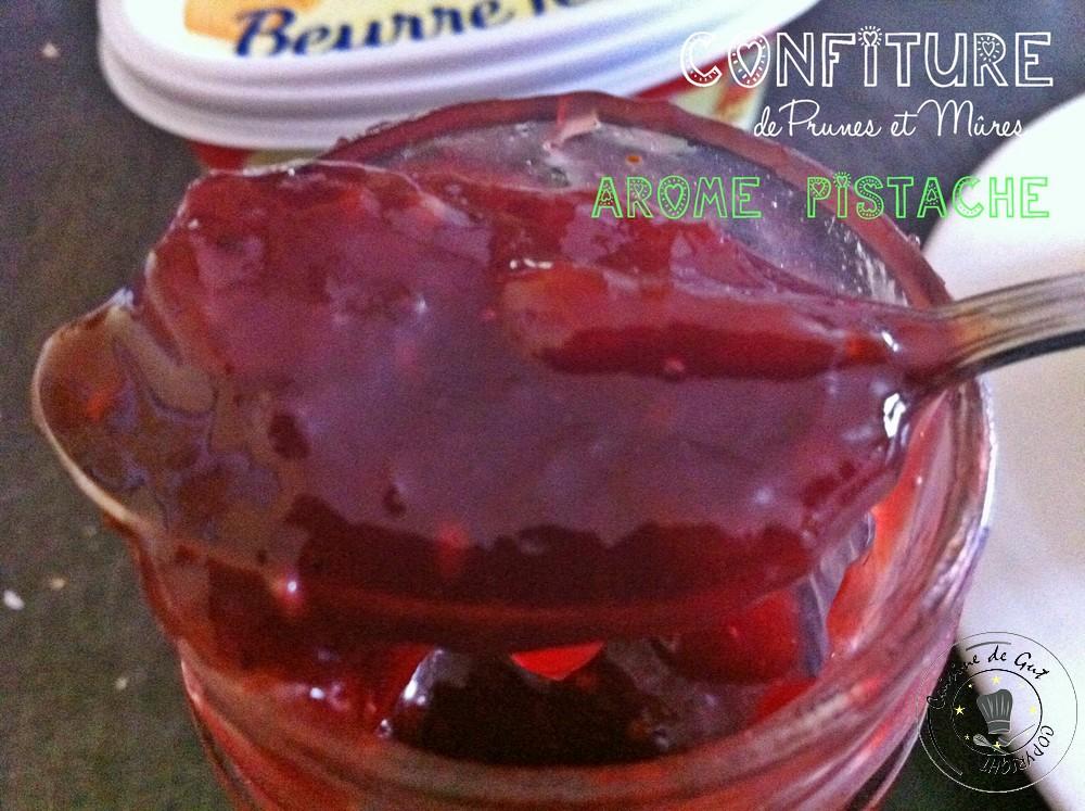 Confiture de Prunes et mures arome pistache1