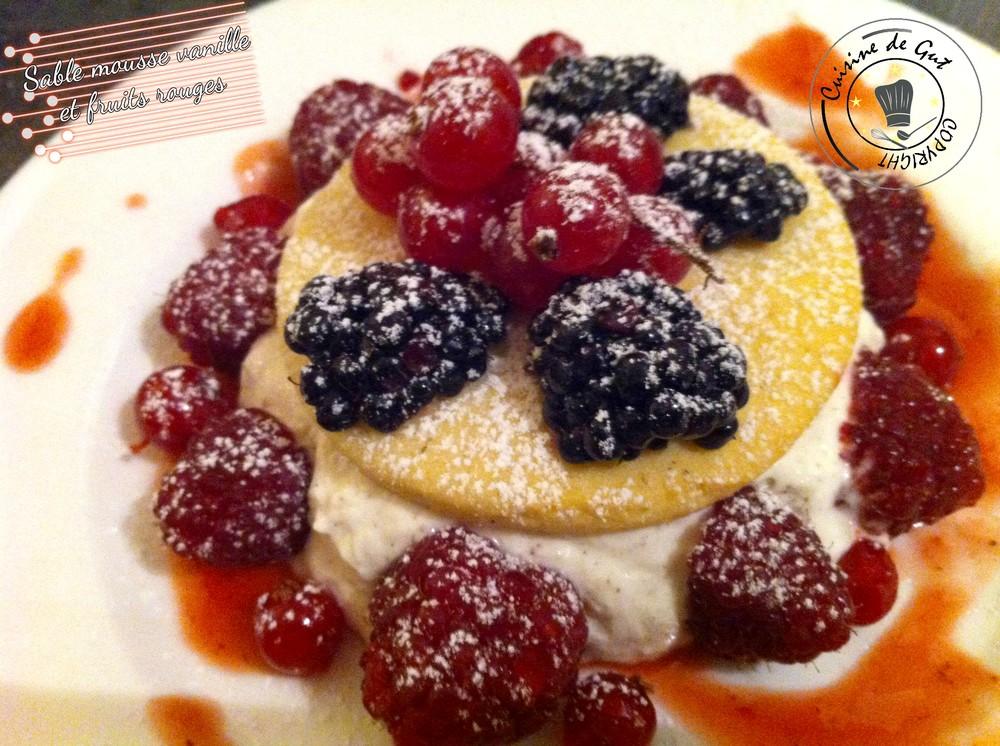 Sablés mousse vanille et fruits rouges