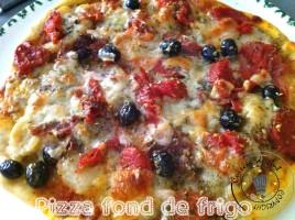 Pizza fond de frigo Cuite