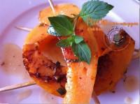 Plancha de melon menthe gingembre et huile de noix