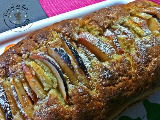 Cake aux pommes et sirop de noisettes1