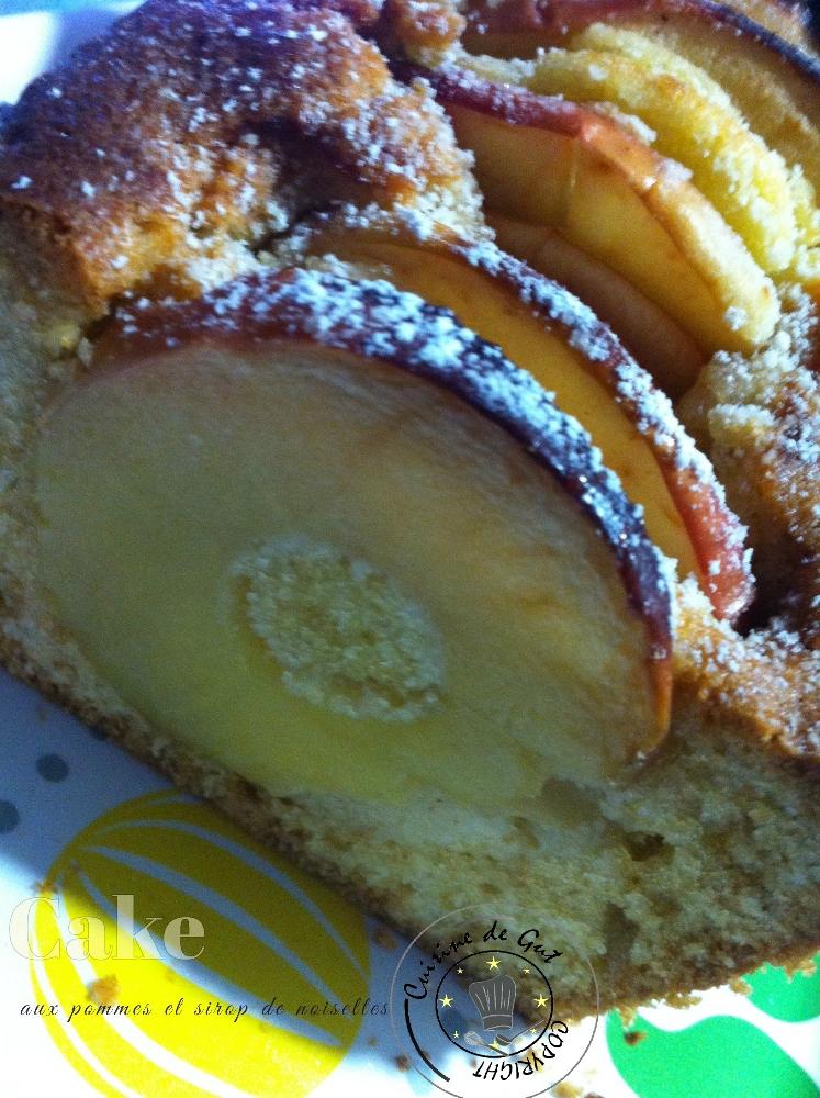 Cake aux pommes et sirop de noisettes2