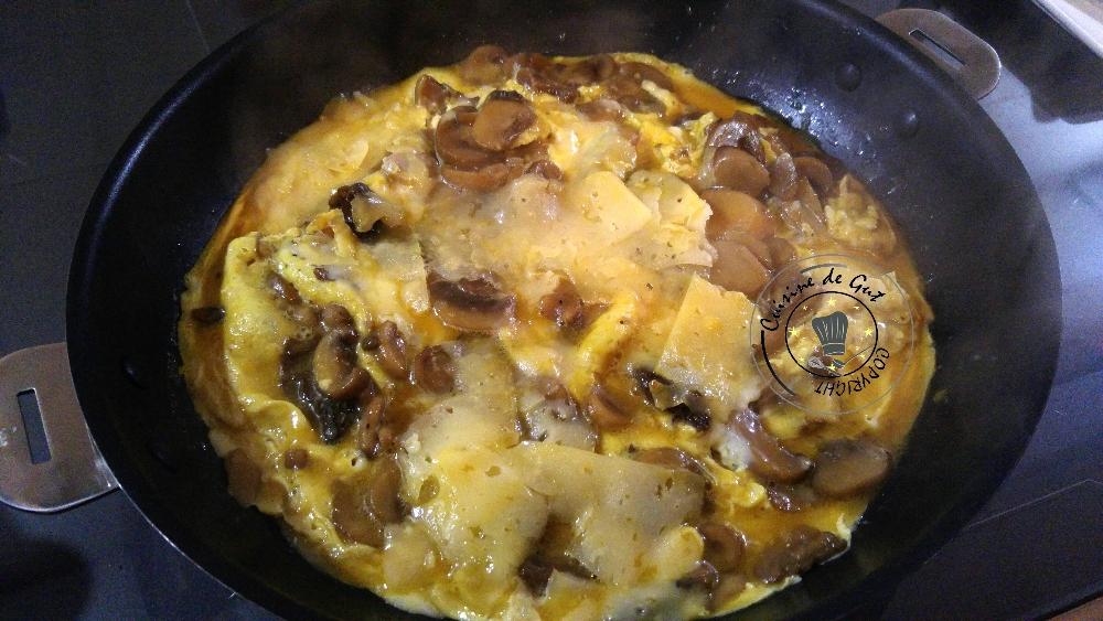 Omelette fomage et champignons saveurs truffe1