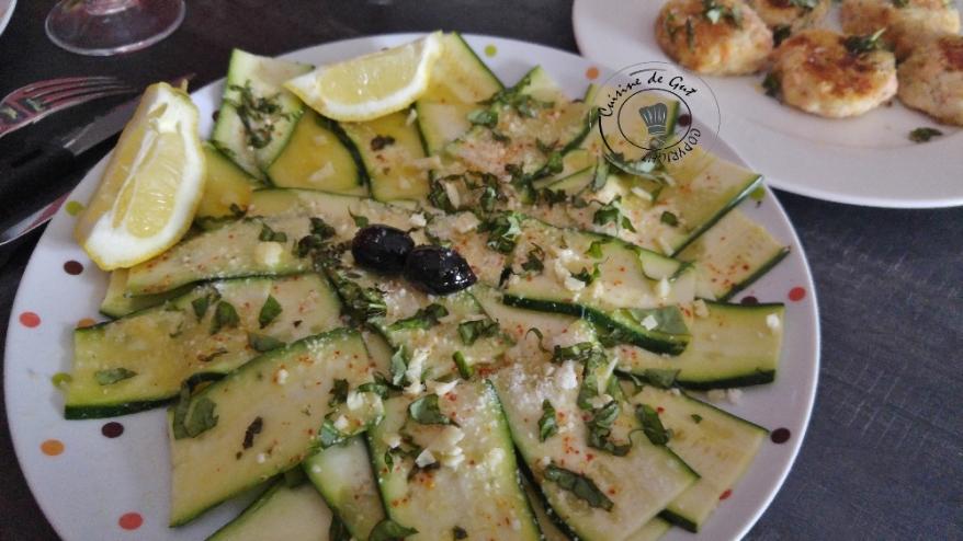 Carpaccio de courgettes aux saveurs provençales1