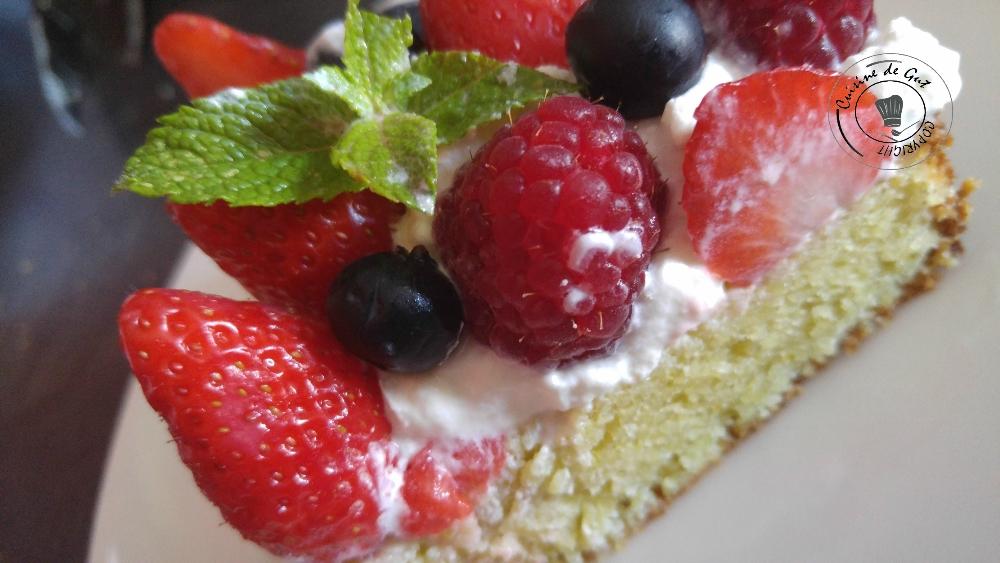 Gâteau fruité amandes pistaches2