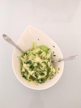 salade-de-tagliatelles-de-courgettes-aux-parmesan-emeline