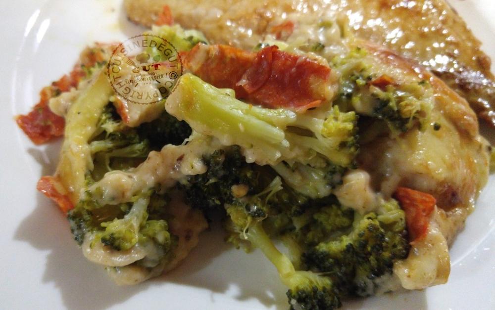gratin-de-brocolis-achorizo-bechamel-a-la-pate-dolive-et-tomate1