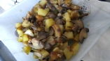 poelee-de-pommes-de-terre-champignons-et-chataignes1