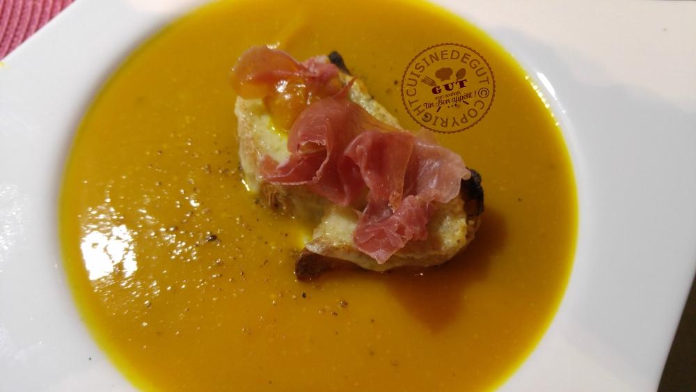 veloute-de-fenouil-chou-fleur-tartine-de-cantal-et-jambon-cru1