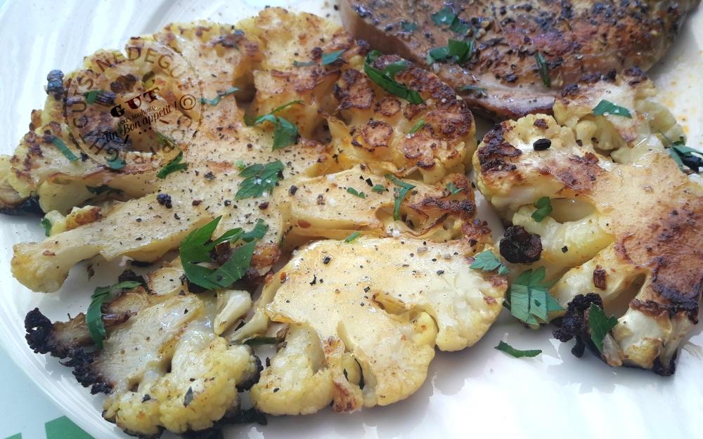 Steaks de chou fleur et c te de porc pic s cuits la for Cuisine 0 la plancha