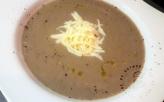 Velouté de champignons bruns et tome fraiche de cantal