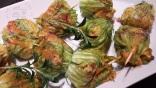 Fleurs de courgettes farcies riz safrané et Ossau Irraty