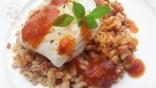 Cabillaud sur lit de céréales lentilles, sauce tomate merguez