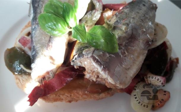 Tartines d'endives rouges et sardines au citron2