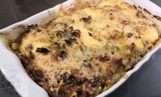 Suprêmes de brochet souflés aux poireaux, fromages et curry2