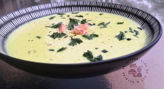 Velouté de chou fleur curcuma cumin et fromage raclette aux cèpes2